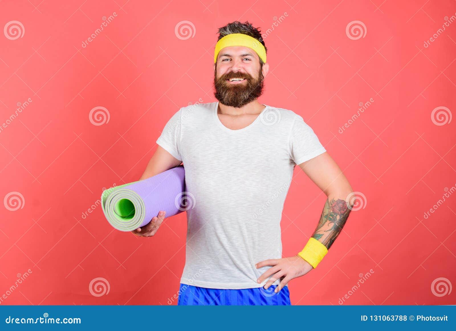 Treinador do atleta pronto para treinar Conceito da ginástica aeróbica da velha escola Eu ensiná-lo-ei esticar Conceito do esticã