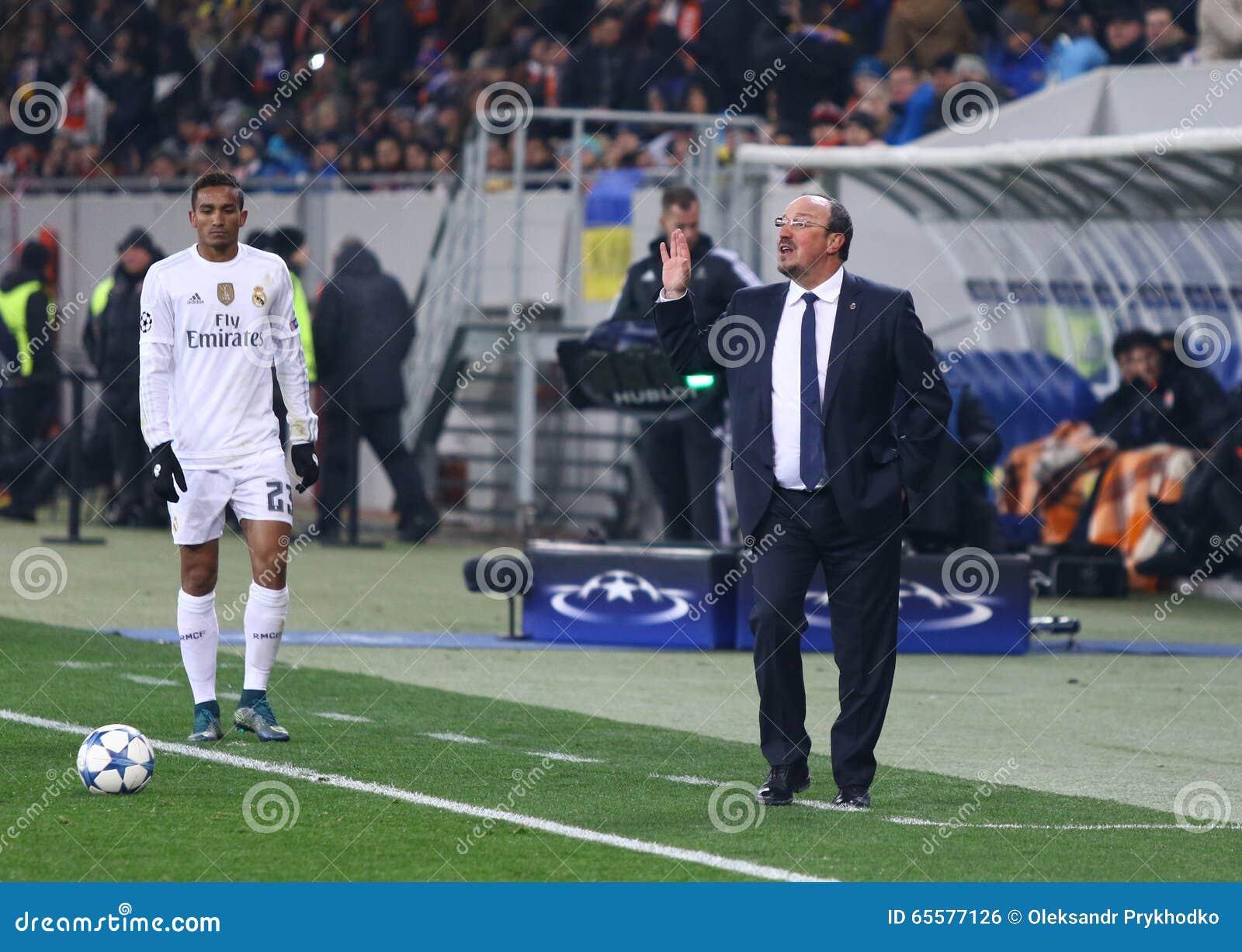 Treinador Rafael Benitez do Real Madrid