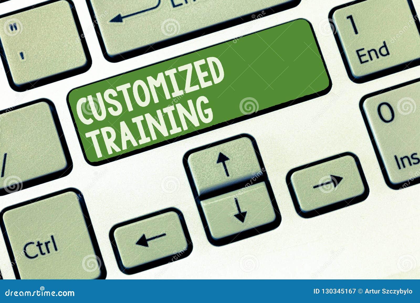 Treinamento personalizado texto da escrita da palavra Conceito do negócio para que projetado cumpra exigências especiais dos empr
