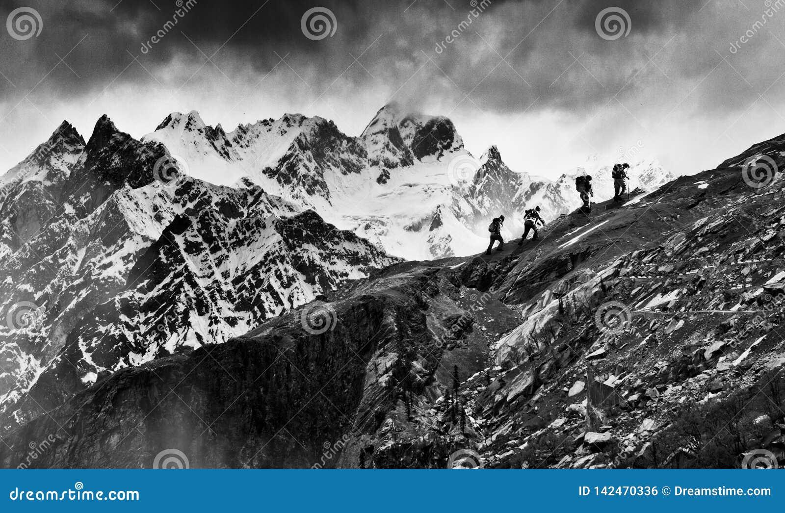 Trekkers στο Ιμαλάια