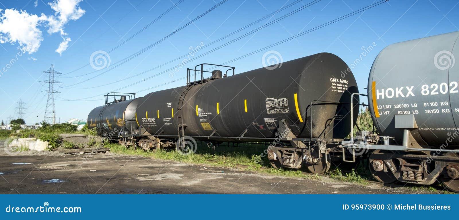 Trem de mercadorias do óleo
