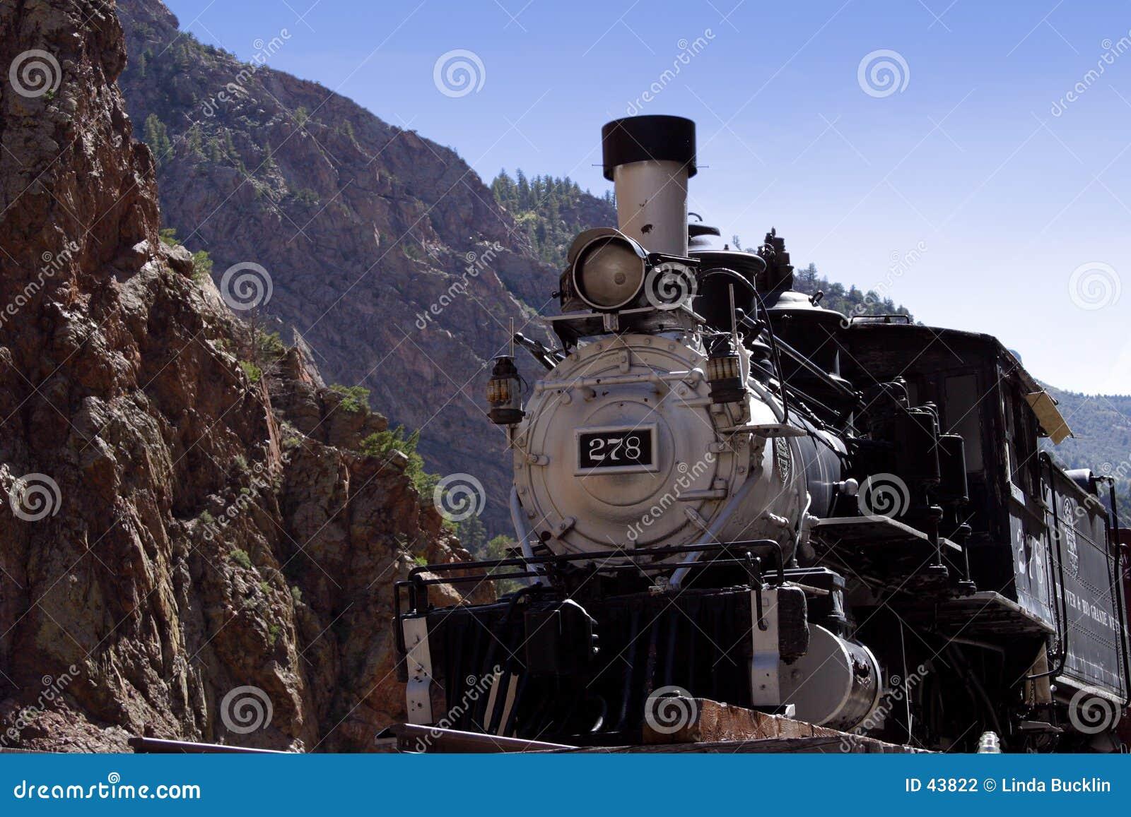 Download Tren antiguo foto de archivo. Imagen de locomotora, ferrocarril - 43822