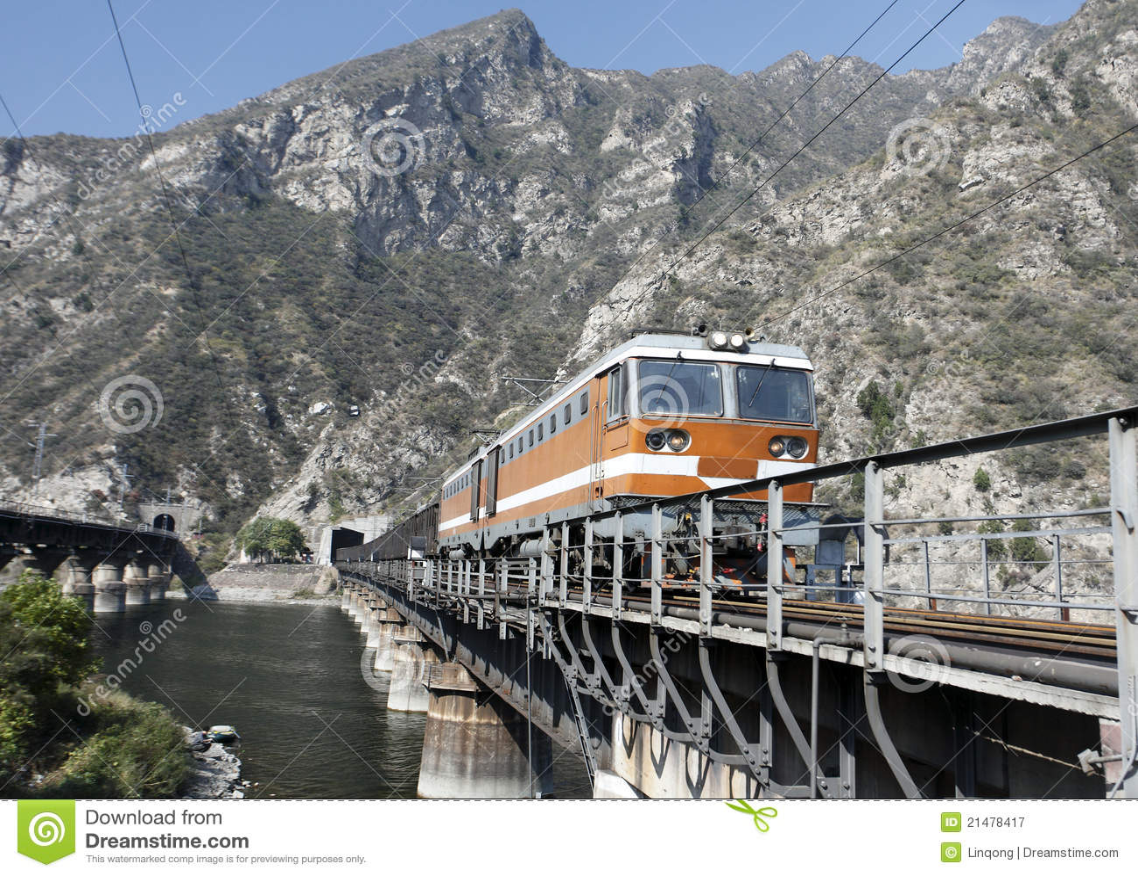 Tren de carga.
