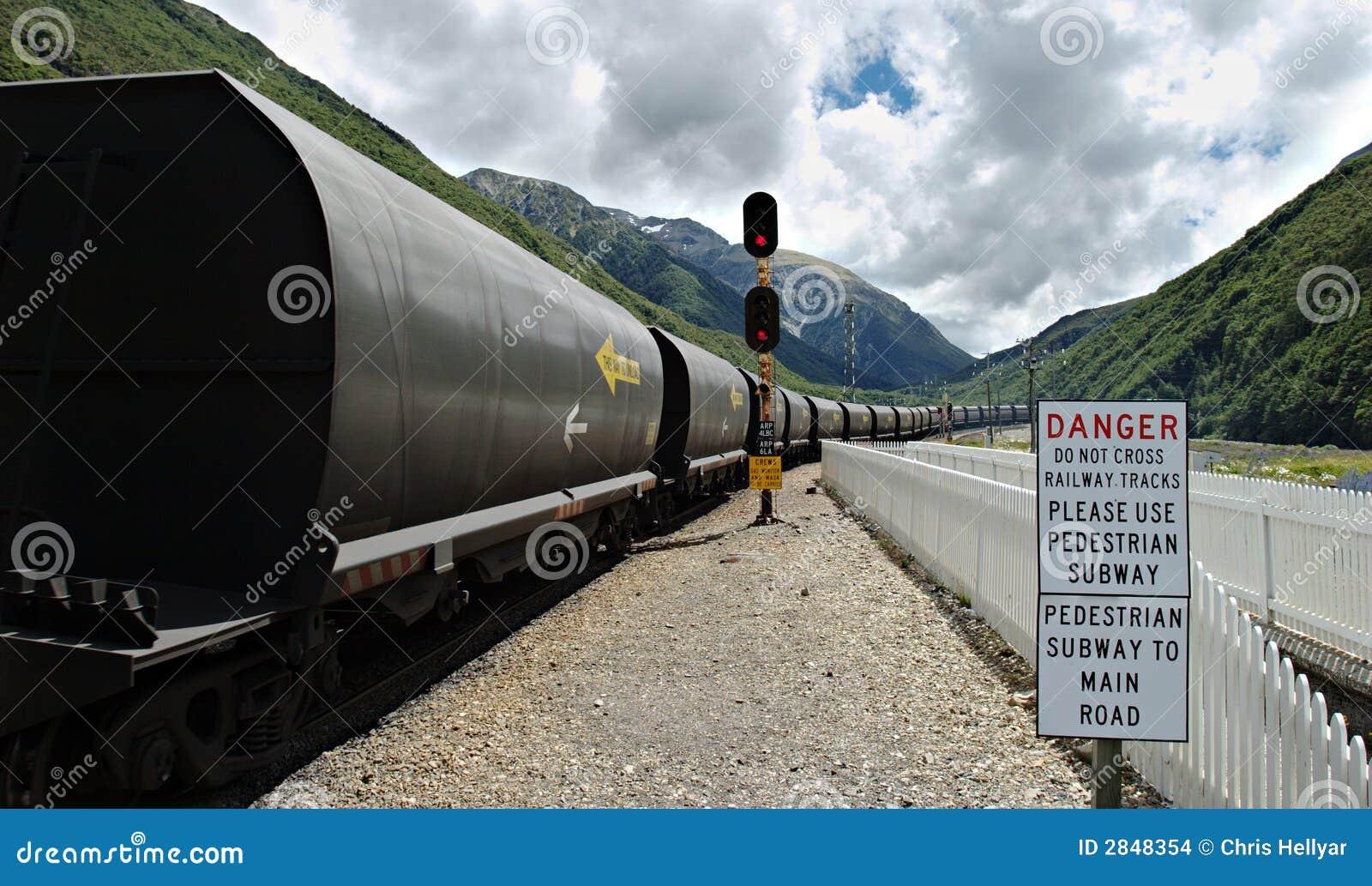 Tren del carbón en el paso de Arthurs, Ne