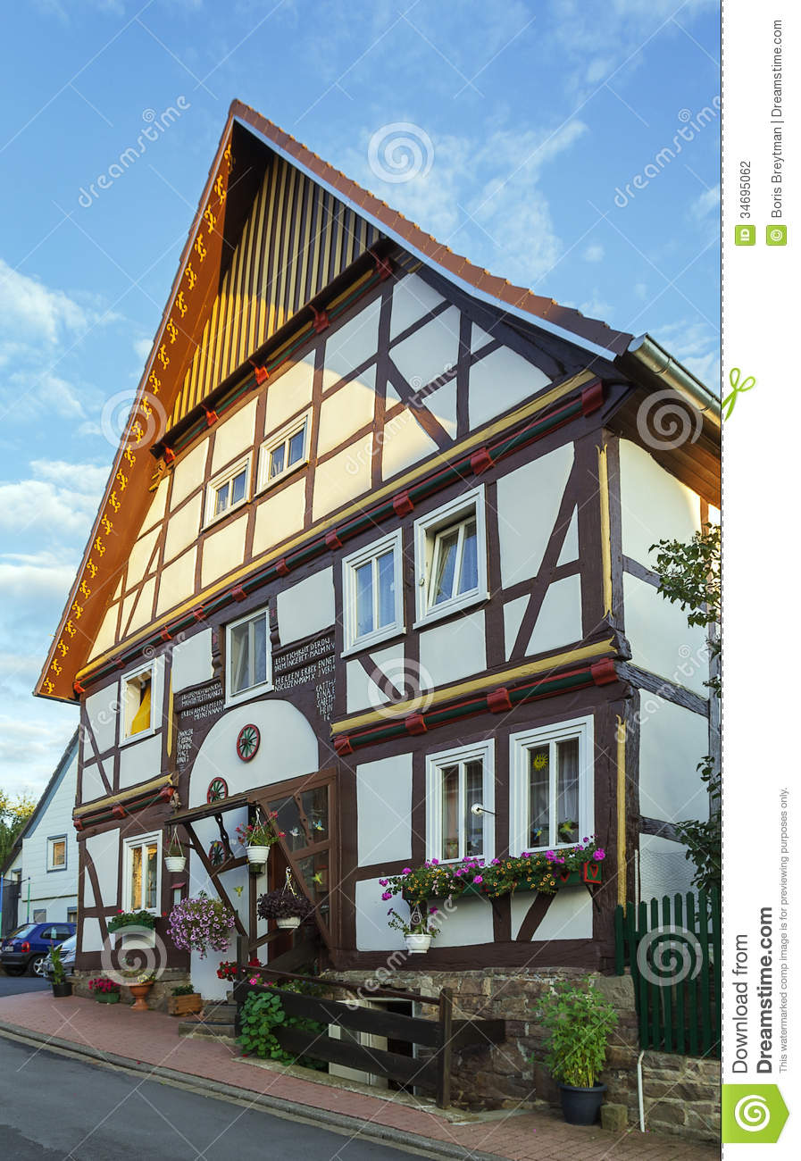 Trendelburg germany stock photography image 34695062 for Half timbered house plans