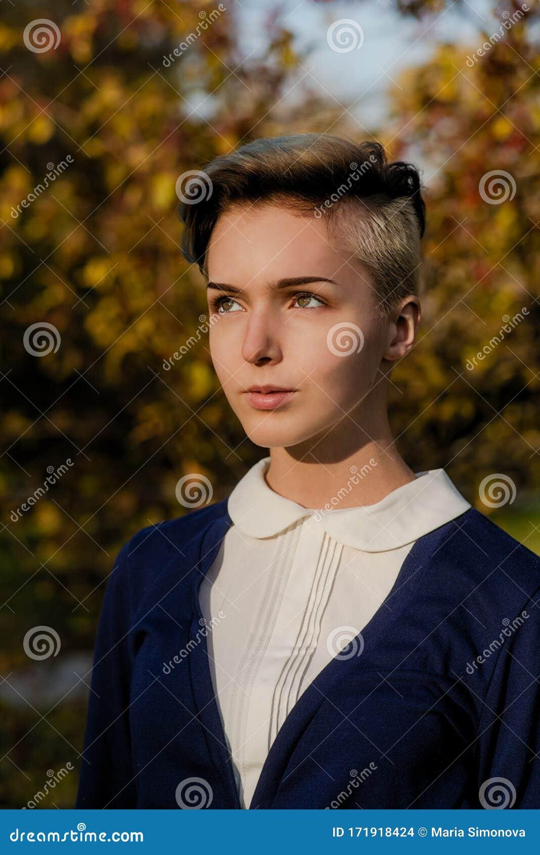 4 759 Teen Girl Short Hair Photos Free Royalty Free Stock Photos From Dreamstime