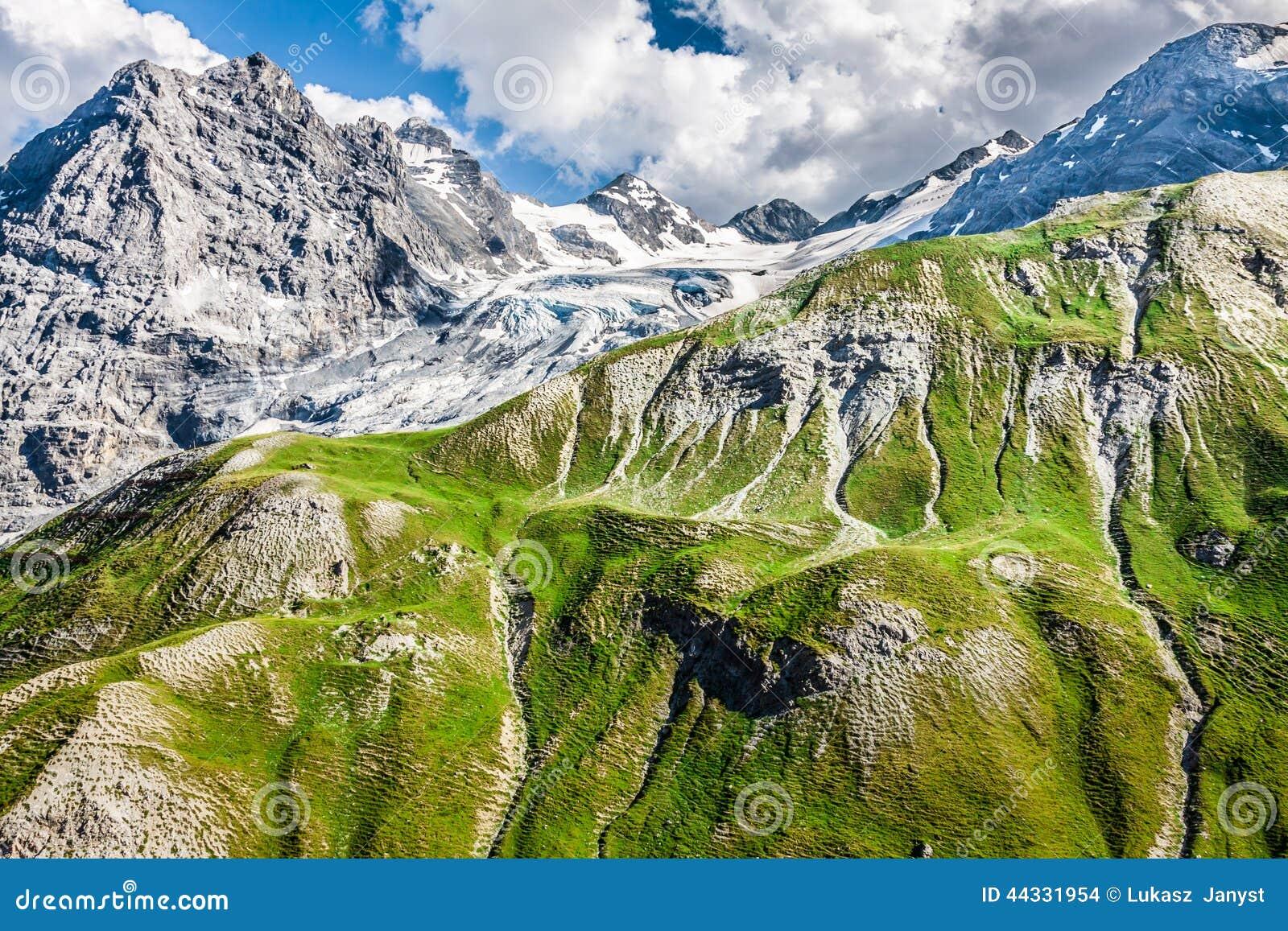 Trentino alto adige alpi italiane il ghiacciaio di for Mobilificio trentino alto adige