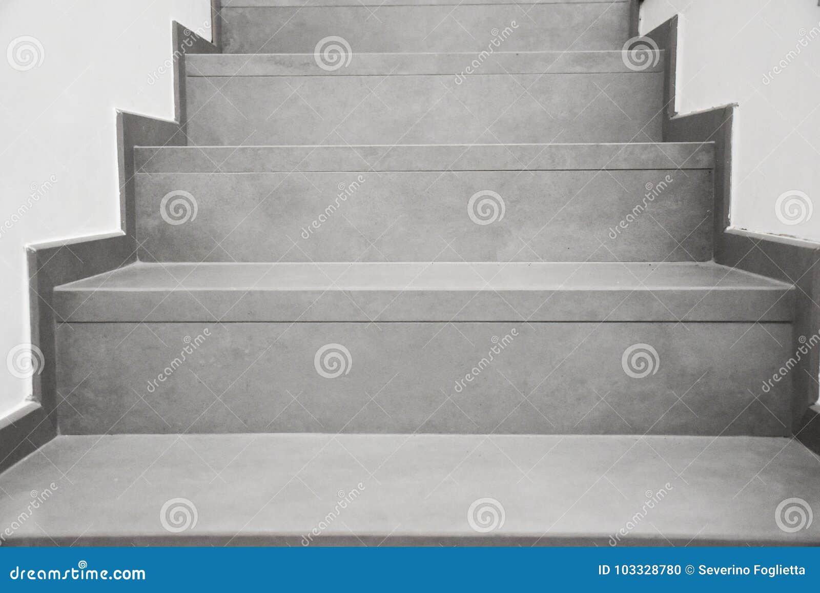 Treppe grau