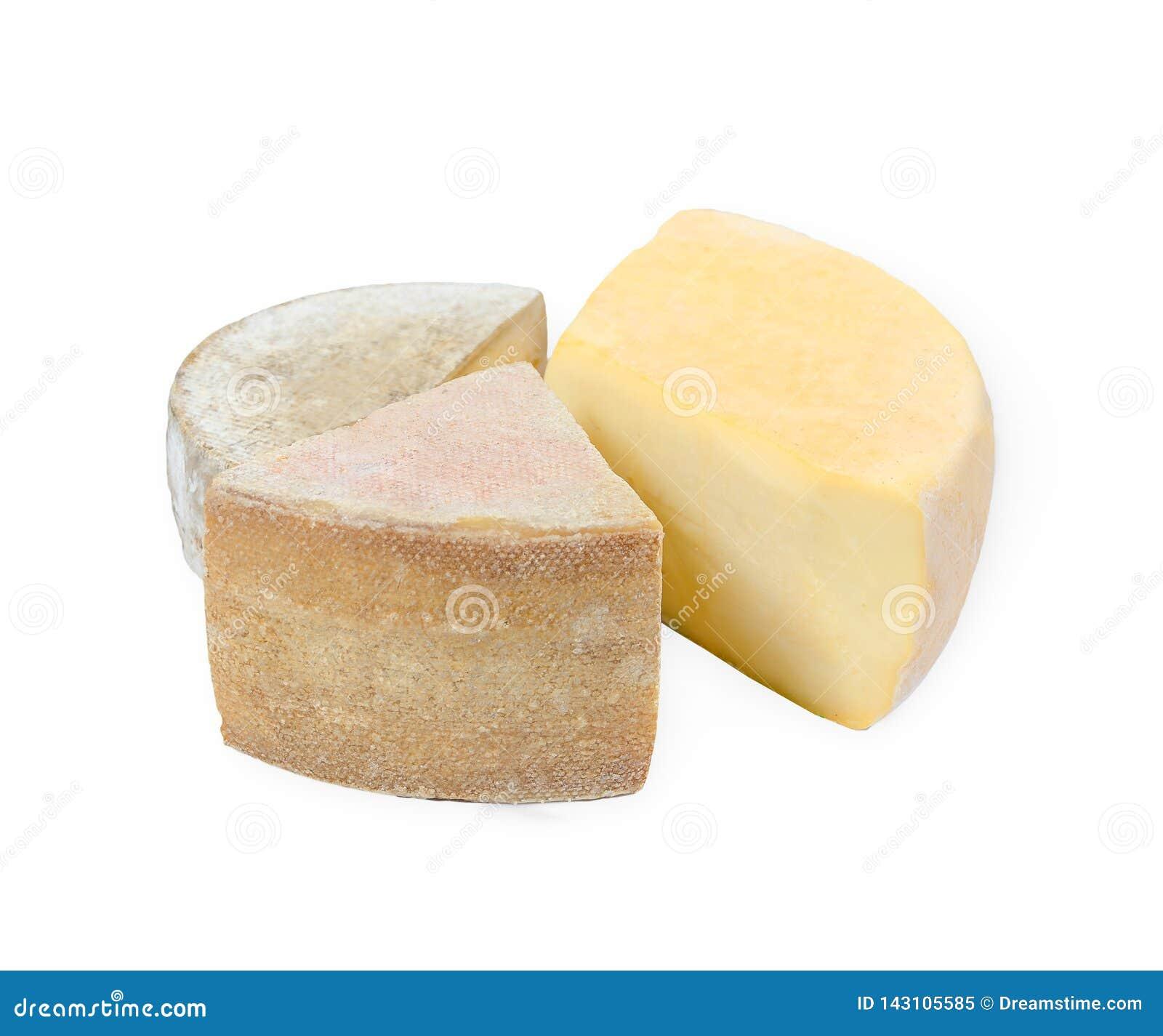 Tres alegrías del queso en el fondo blanco