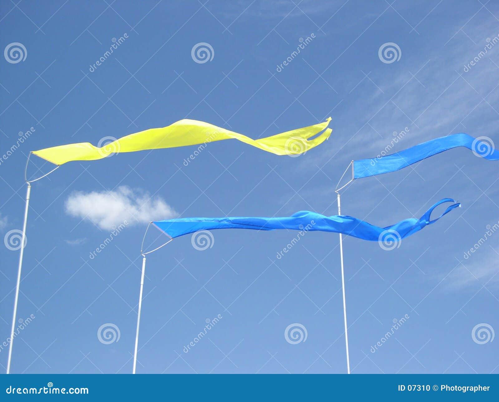 Tres banderas
