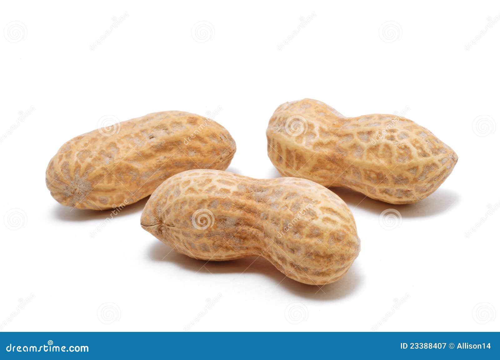 Tres cacahuetes