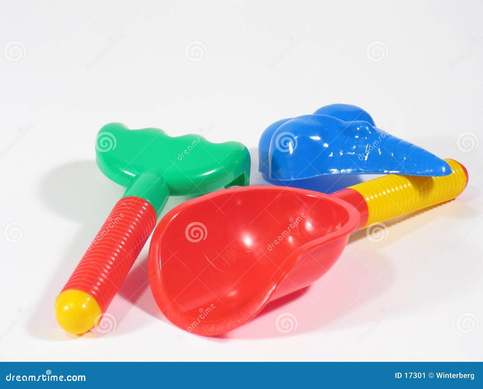 Tres juguetes de la salvadera