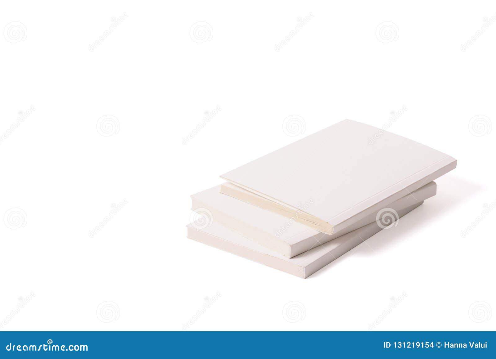 Tres Libros Blancos De Mentira En Una Superficie Blanca A La Derecha
