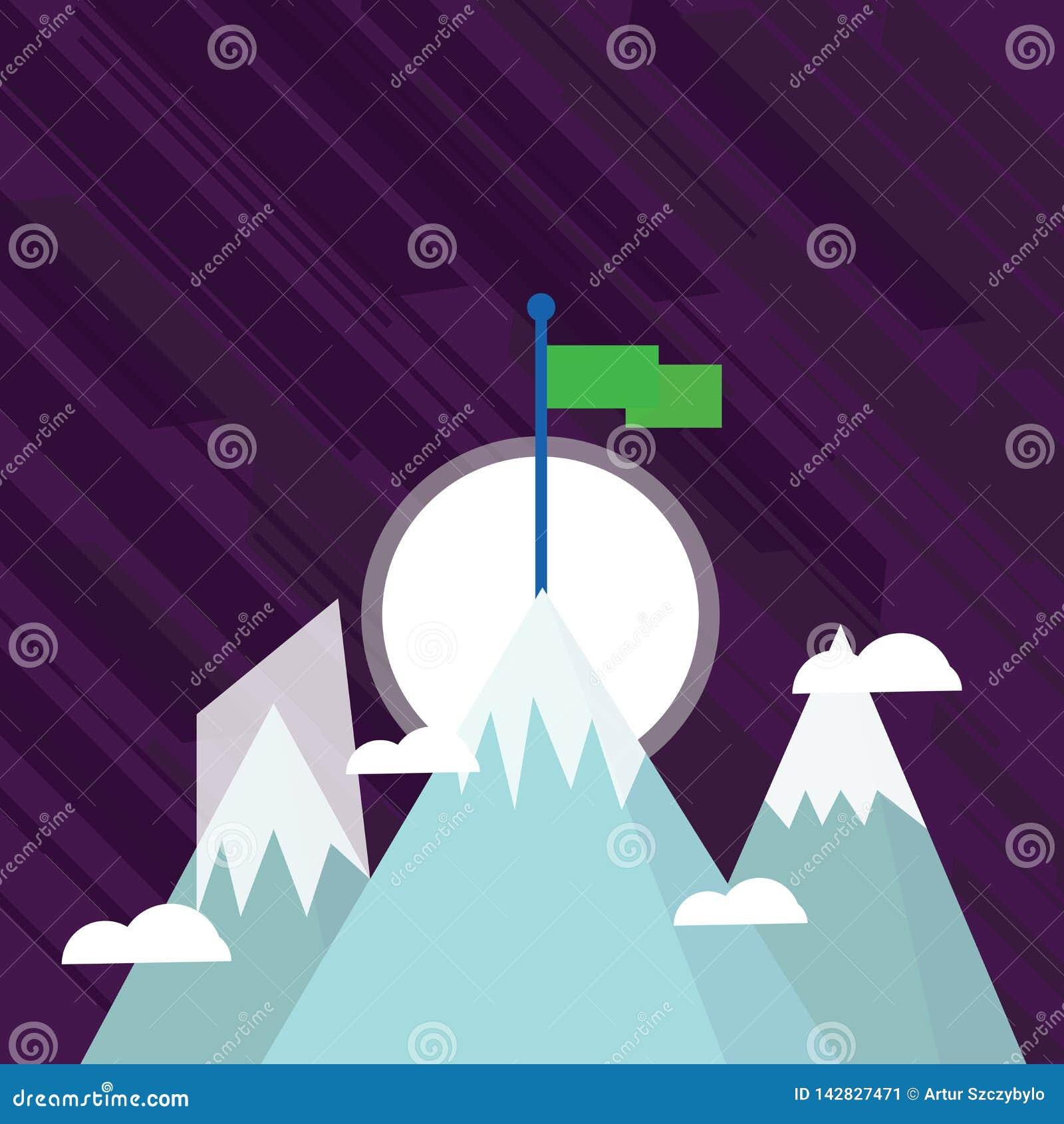 Tres montañas con nieve van para arriba más allá de las pequeñas nubes Uno tiene bandera colorida en blanco que se coloca en el p