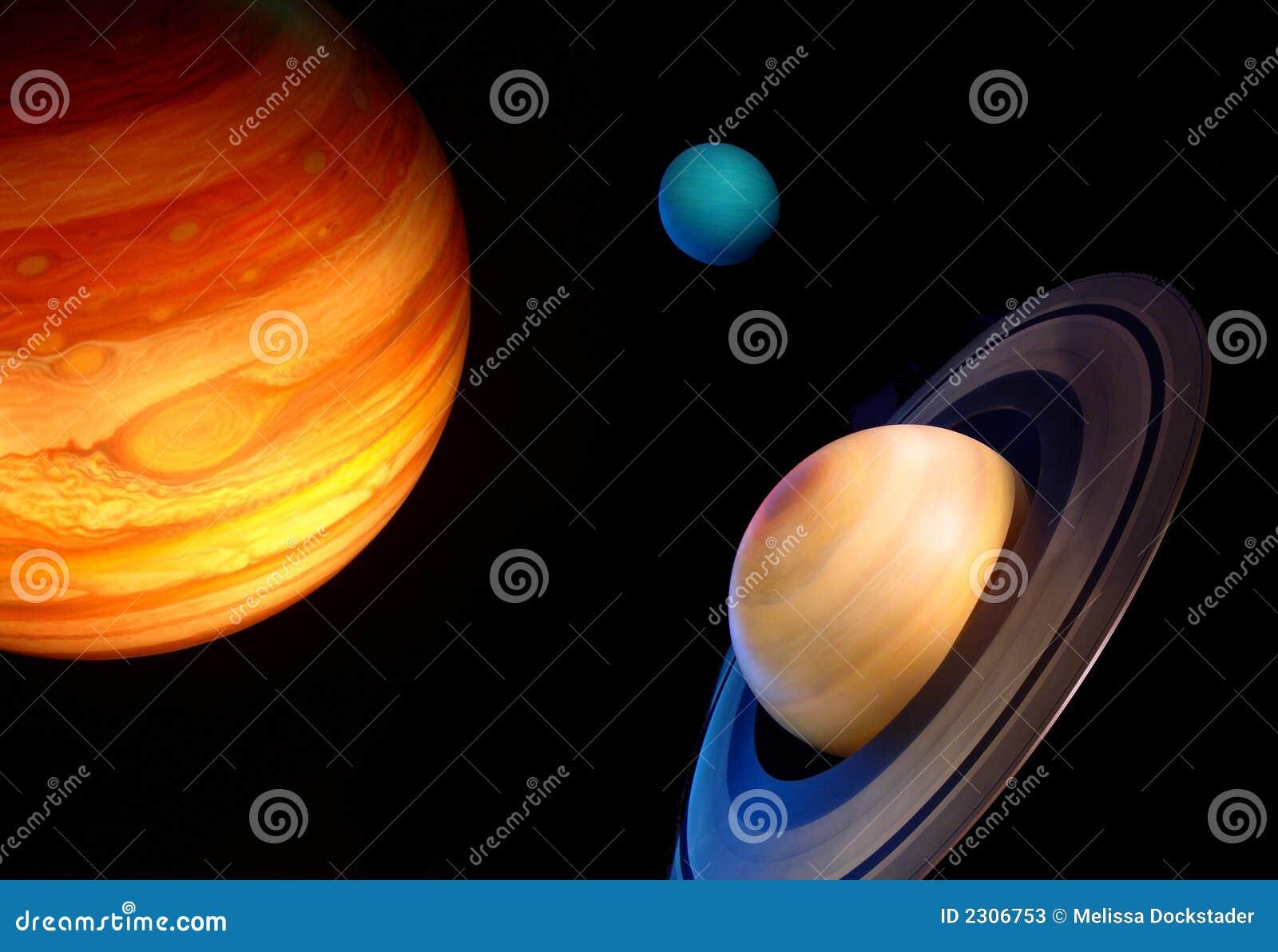 Tres planetas en espacio