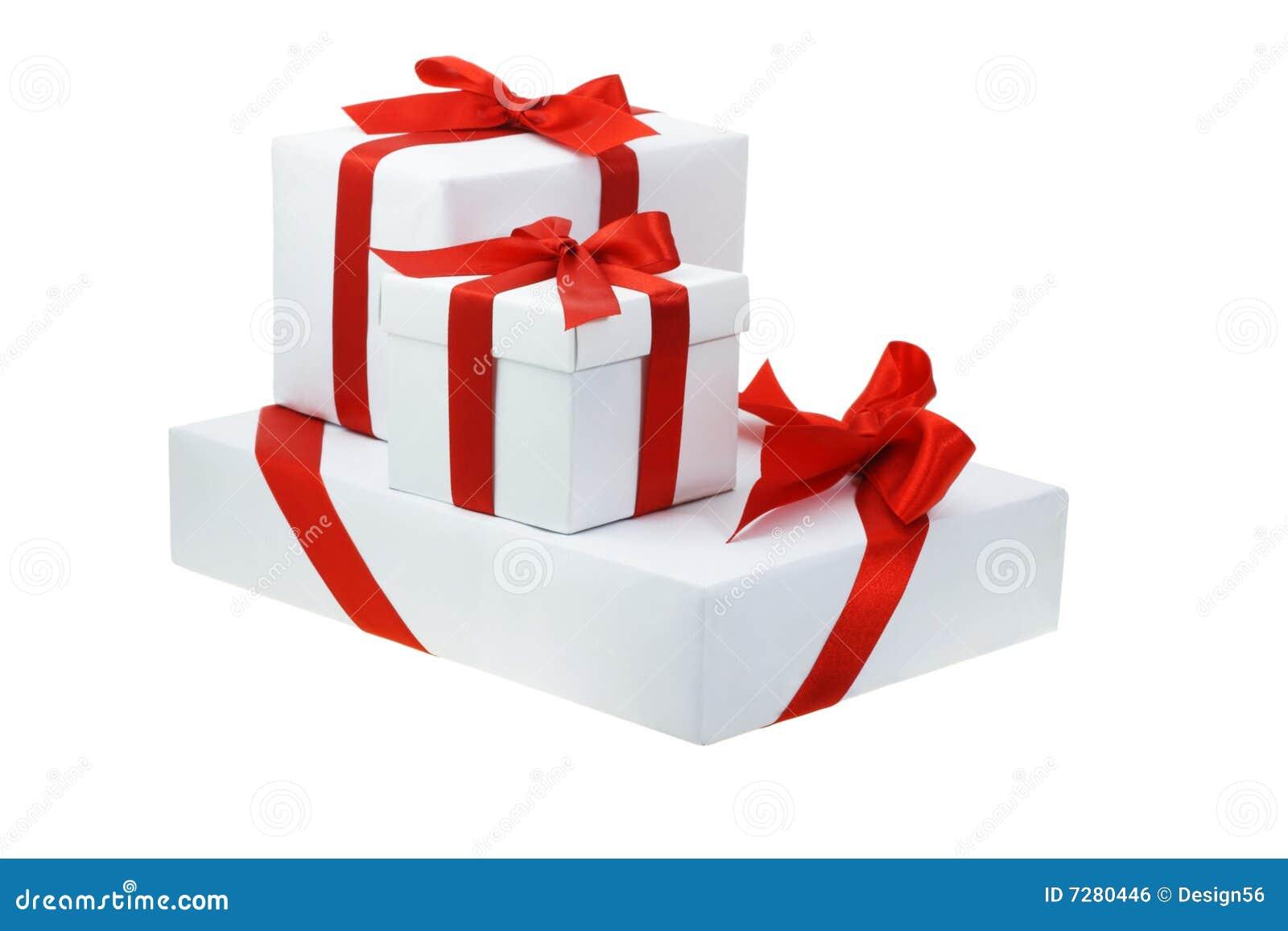 Tres rectángulos de regalo blancos