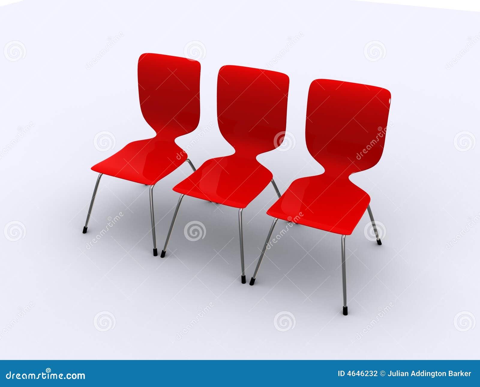 Tres sillas rojas en una fila for Sillas rojas modernas