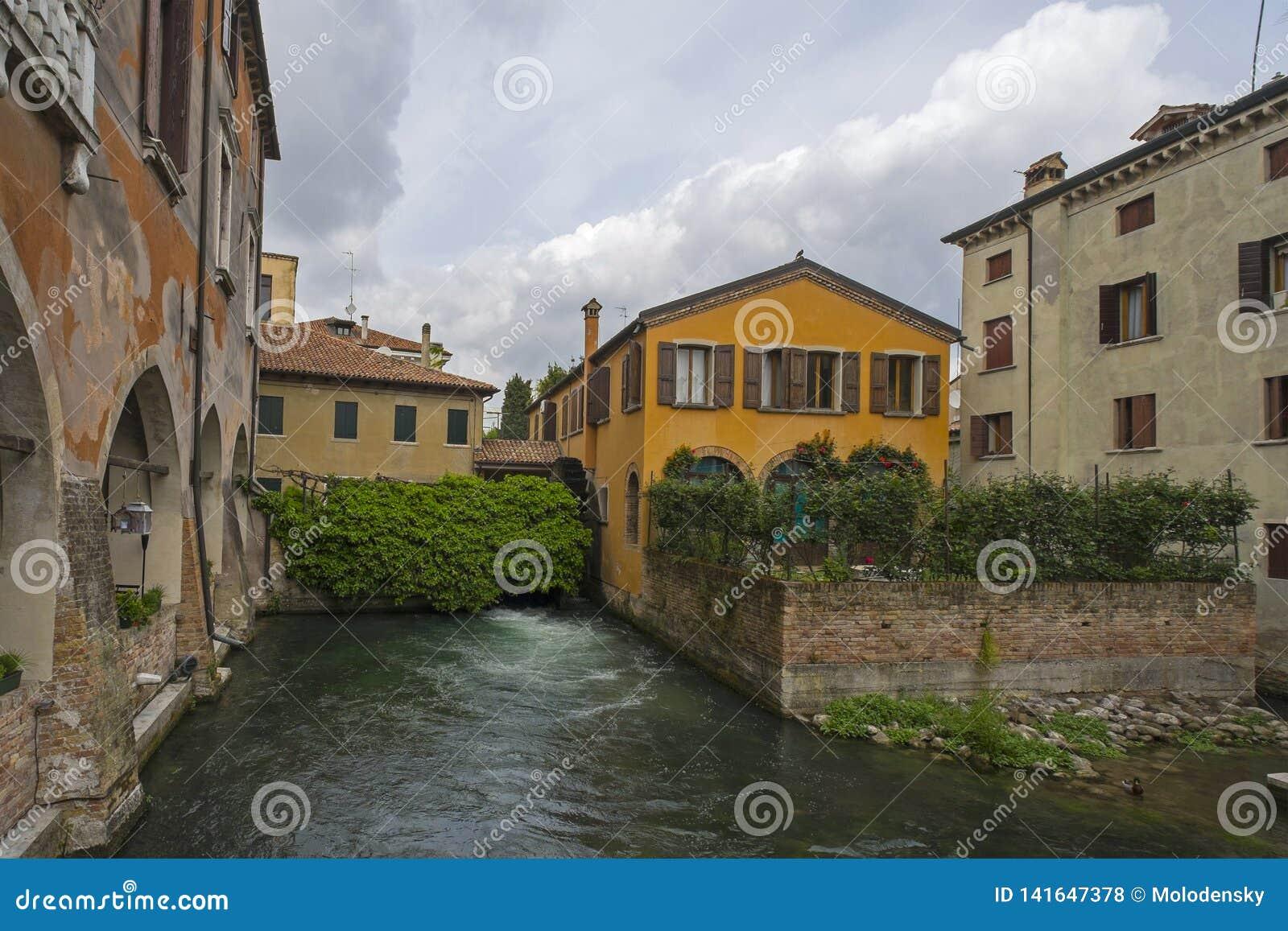 Treviso, Ιταλία, και τα κανάλια του