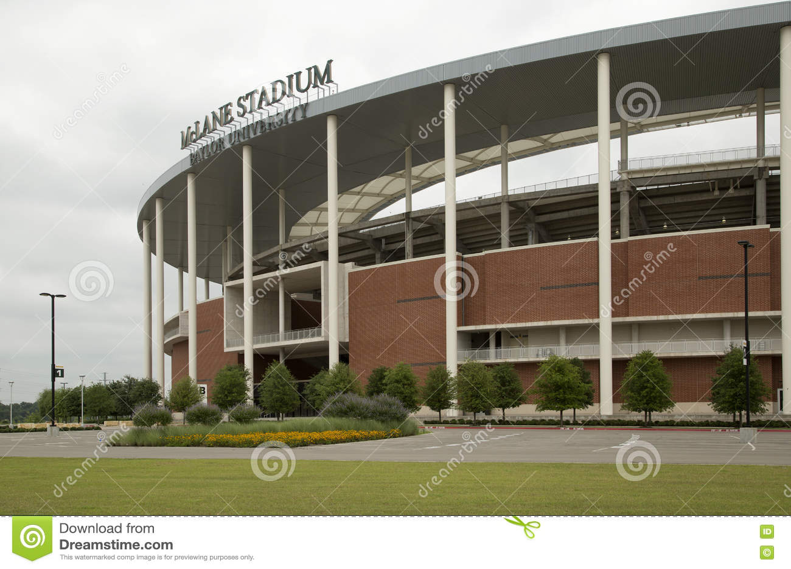 Trevlig McLane stadion