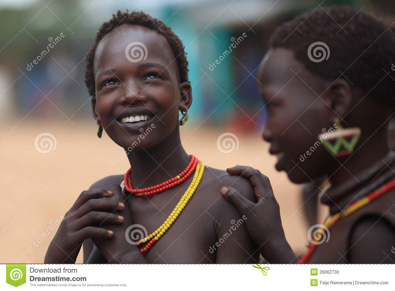 [Image: tribal-woman-omo-valley-ethiopia-africa-26062730.jpg]