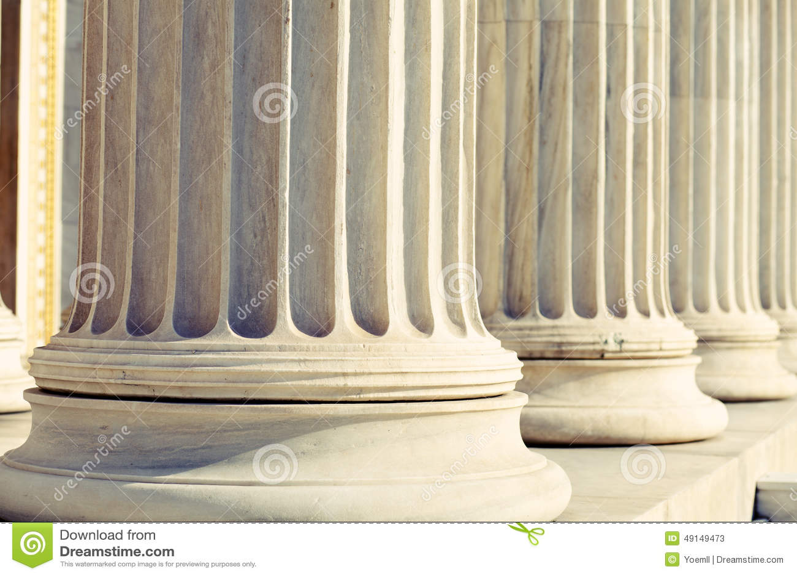 Tribunal das colunas da coluna