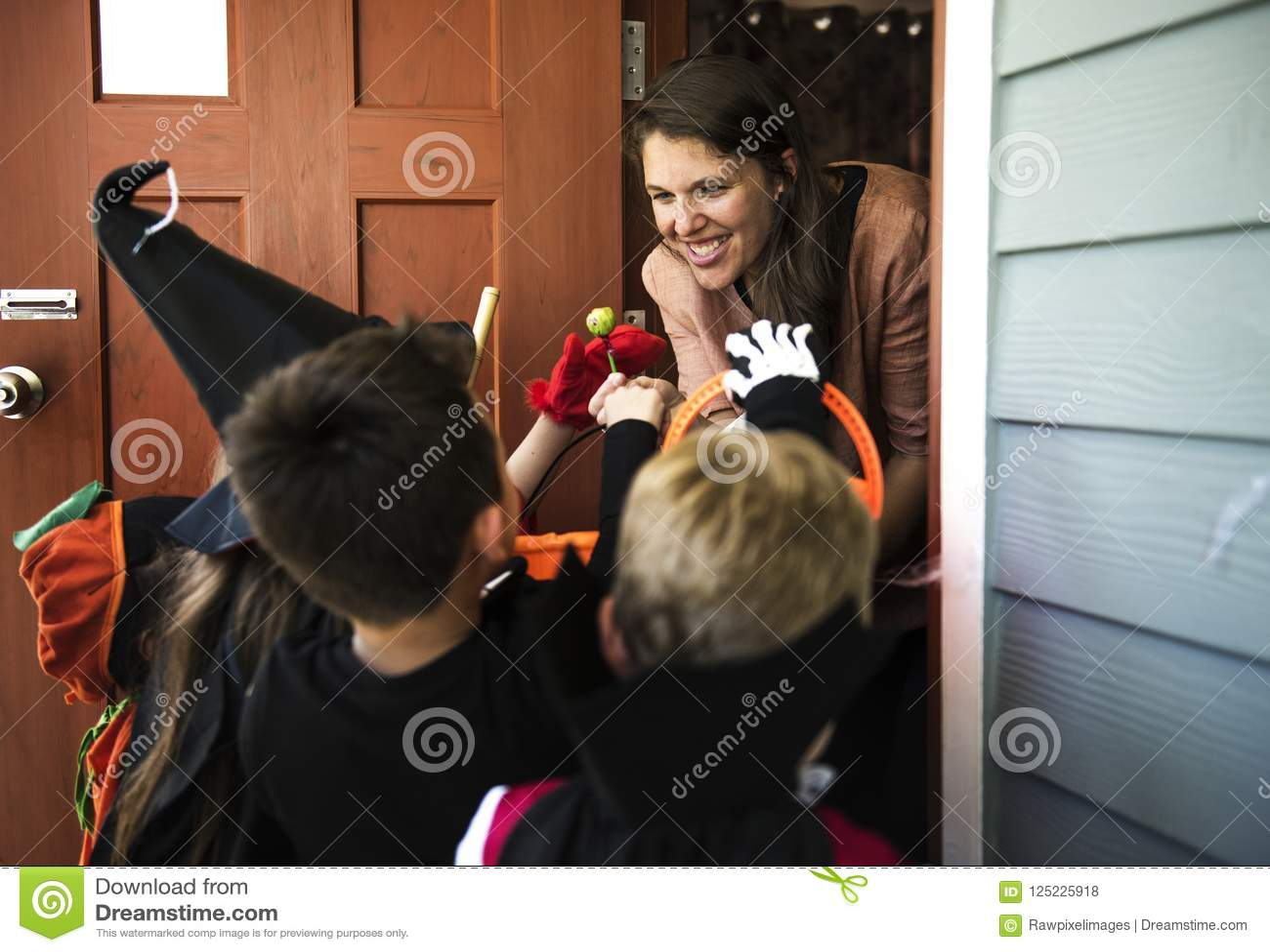 Trick eller behandling för små ungar