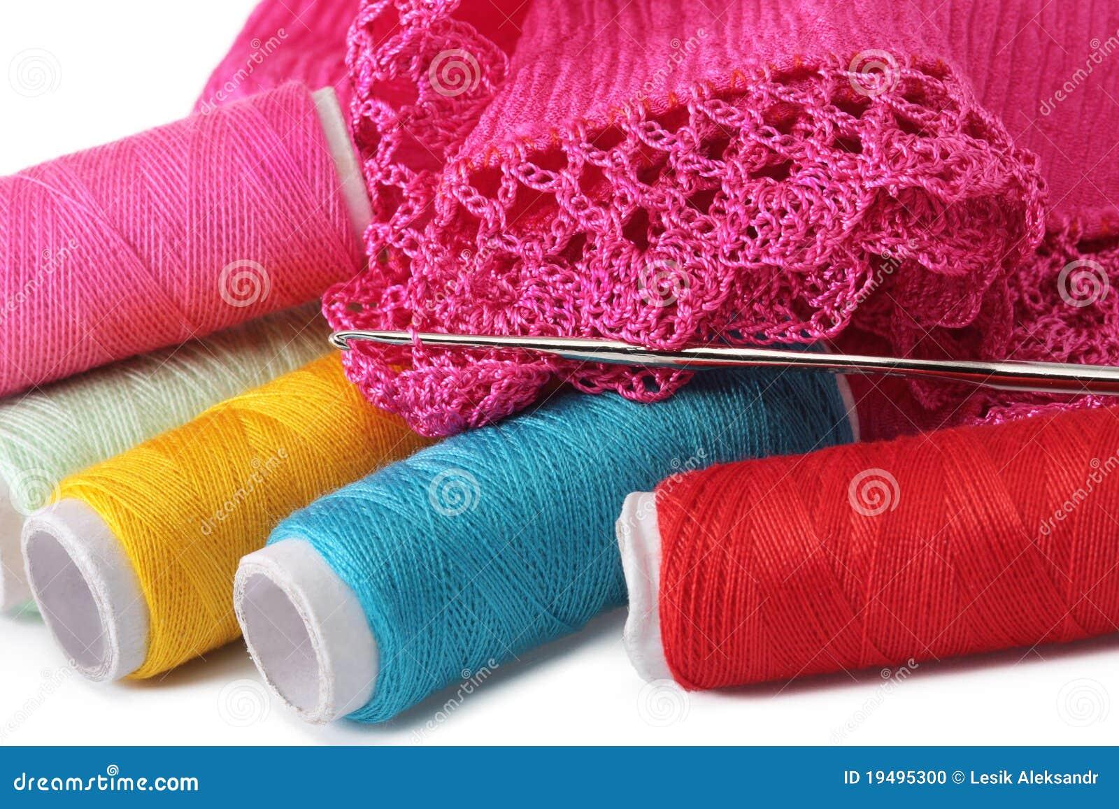 Tricotage, couture, crochet et lacet
