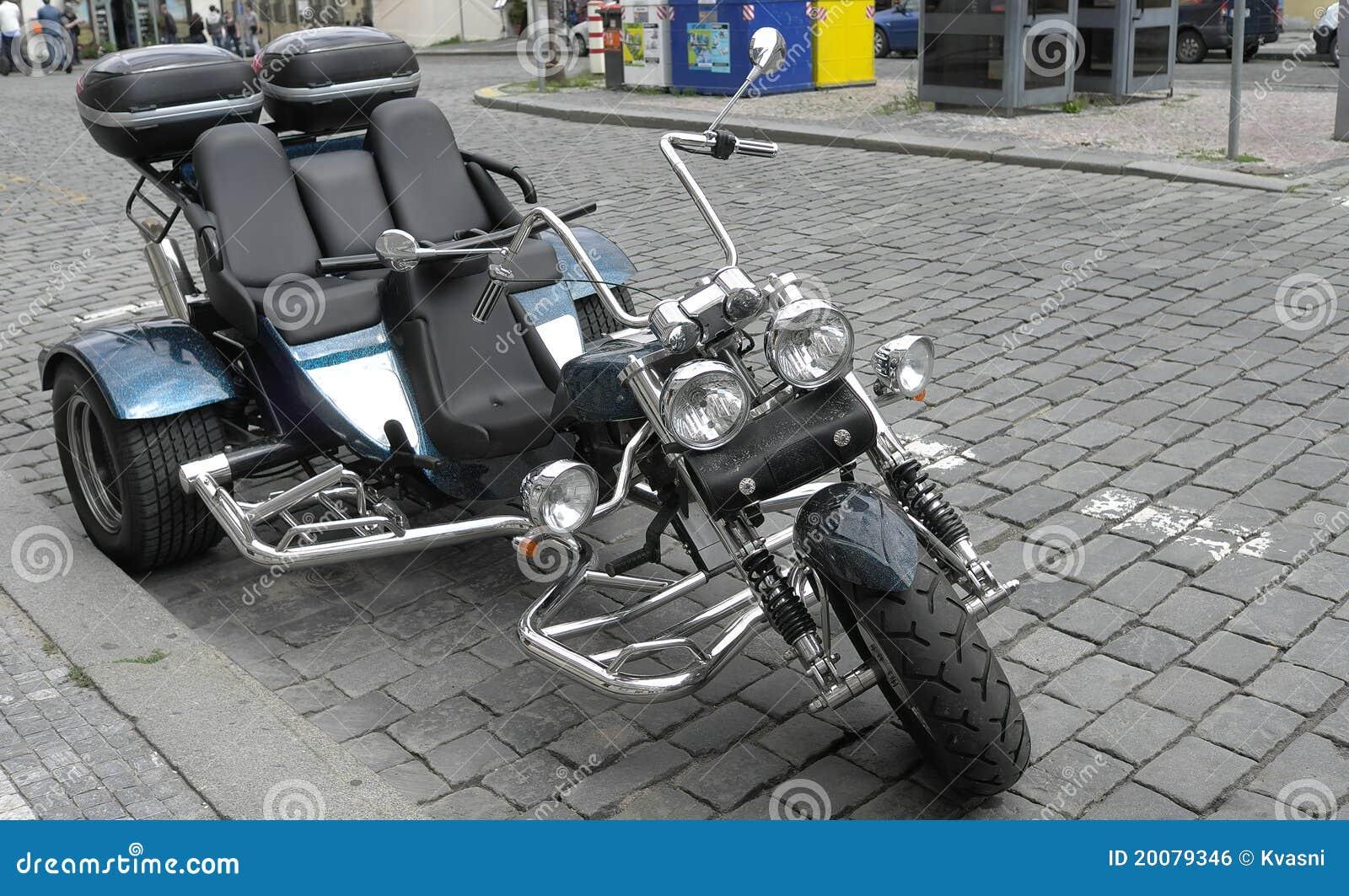 tricycle de moteur image libre de droits image 20079346. Black Bedroom Furniture Sets. Home Design Ideas