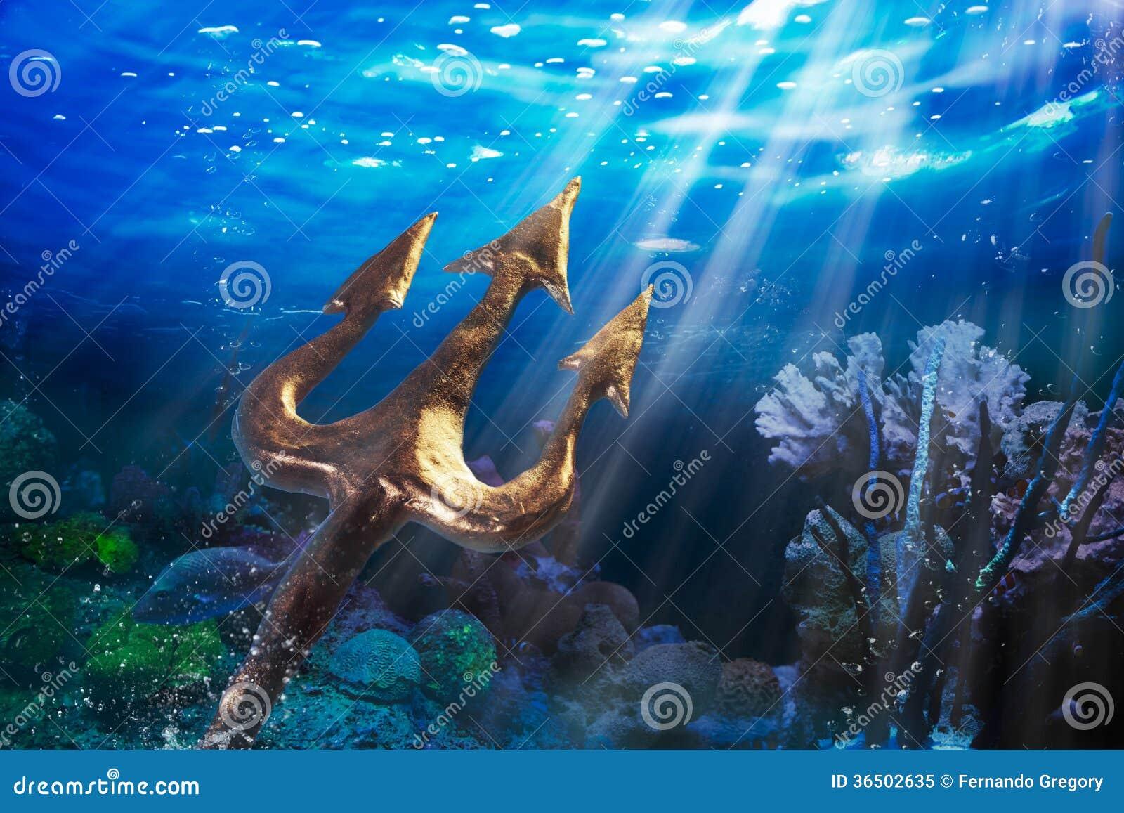 Trident sur un fond sous-marin dramatique