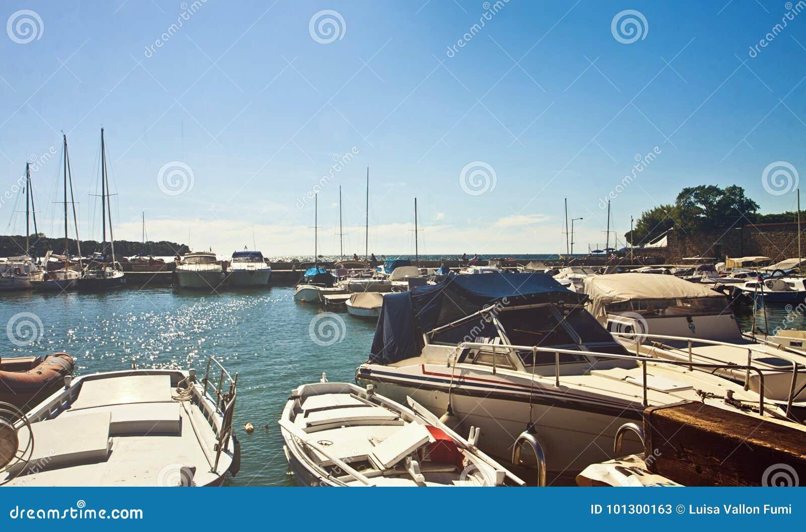Trieste, pequeño puerto