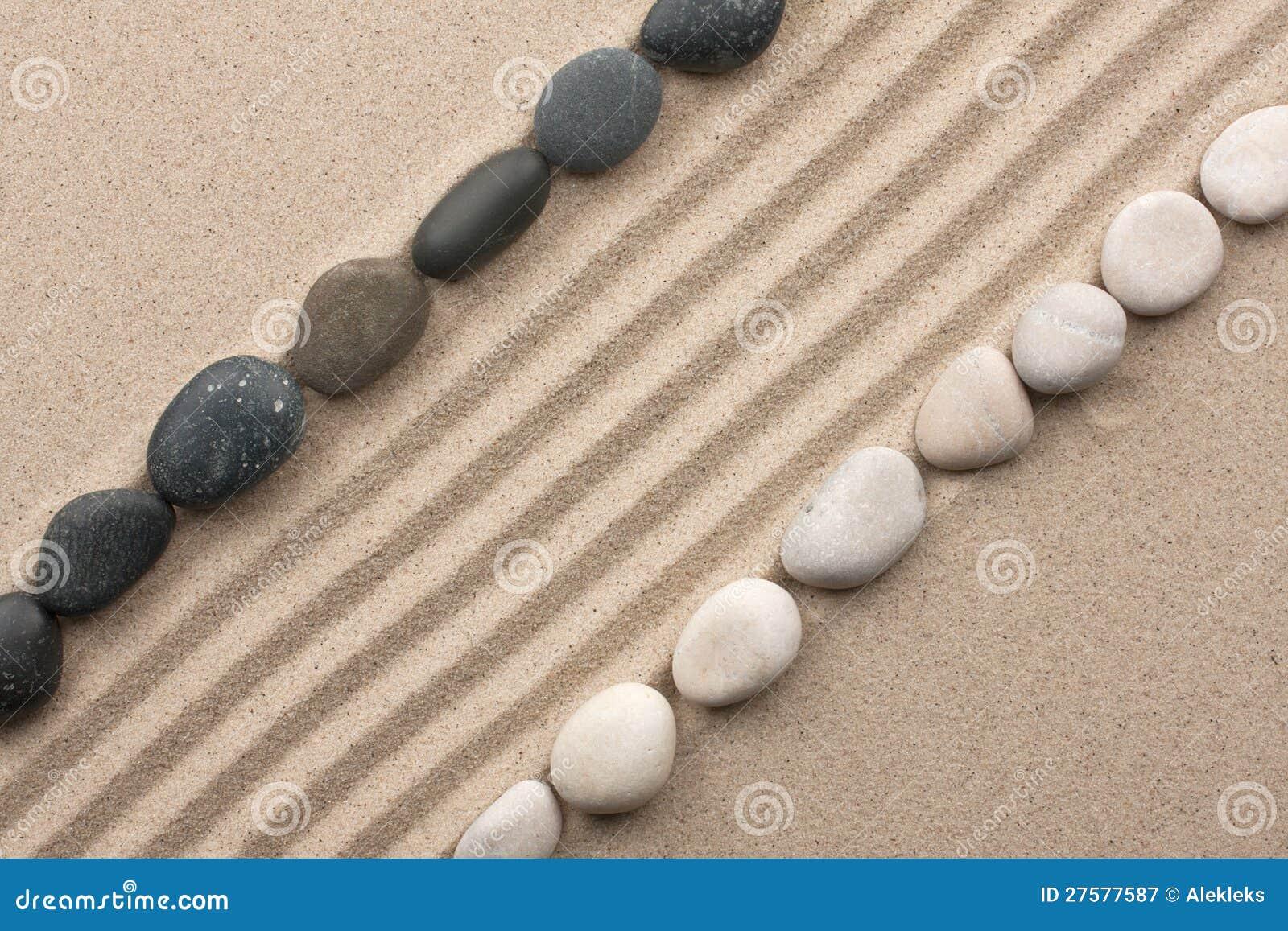 Trilha das pedras preto e branco