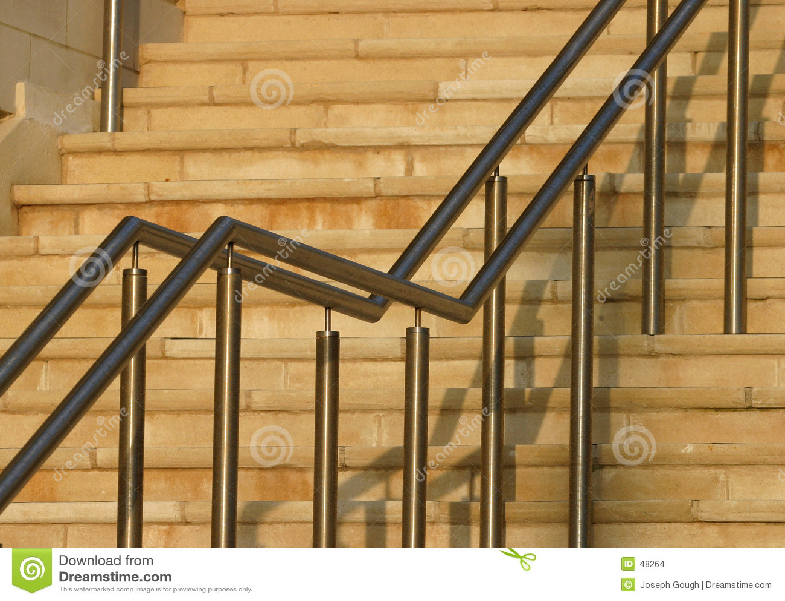 Trilhos modernos da escada