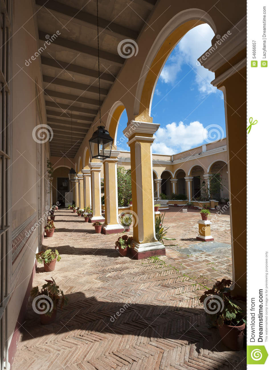 trinidad cuba colonial arch architecture with courtyard