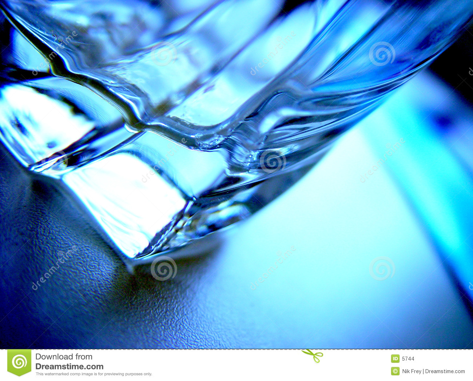 Trinkendes Glas