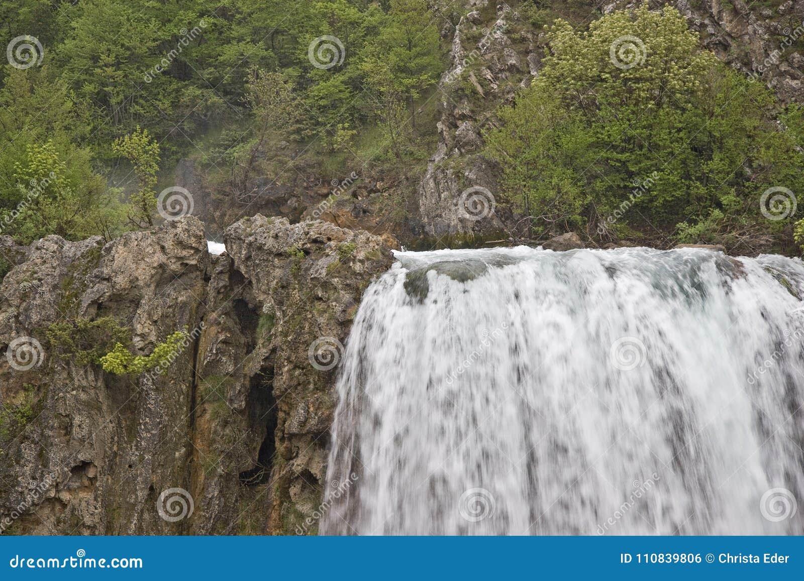 Trinkwasser kurz nach der Quelle