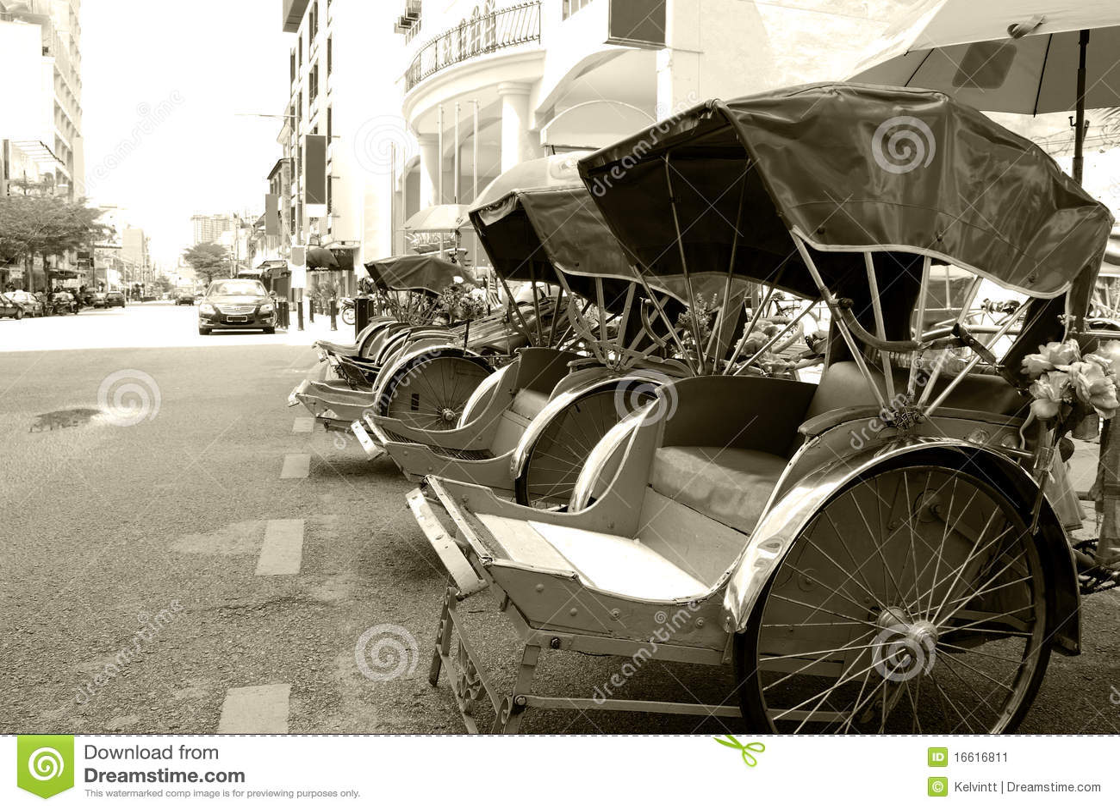 Trishaws (Monochrome)