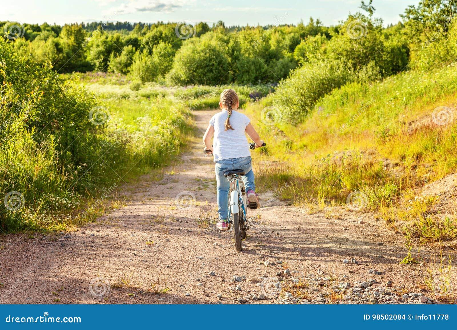 Trochę rowerowa dziewczyna