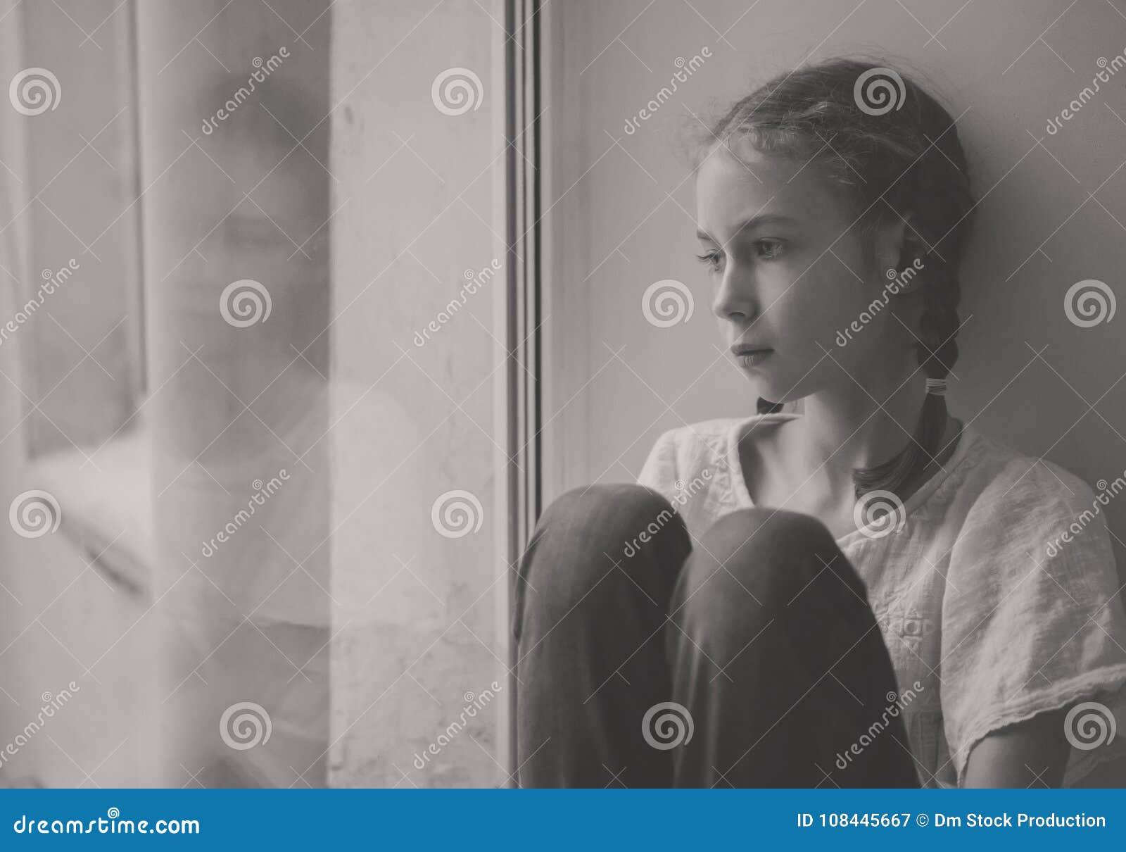 Trochę smutna dziewczyna