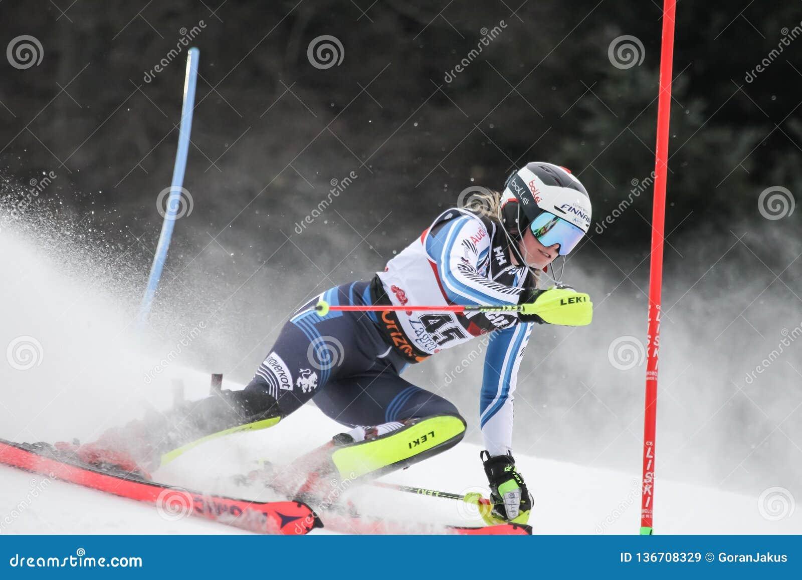 Troféu 2019 da rainha da neve - slalom das senhoras