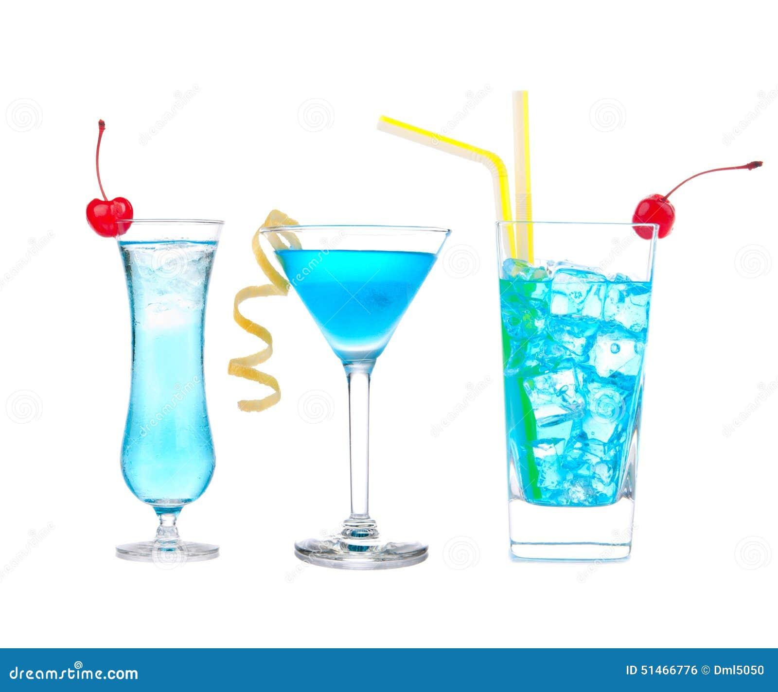 Trois cocktails avec la baie d aubépine de bleu de martini de cocktail de margarita d alcool