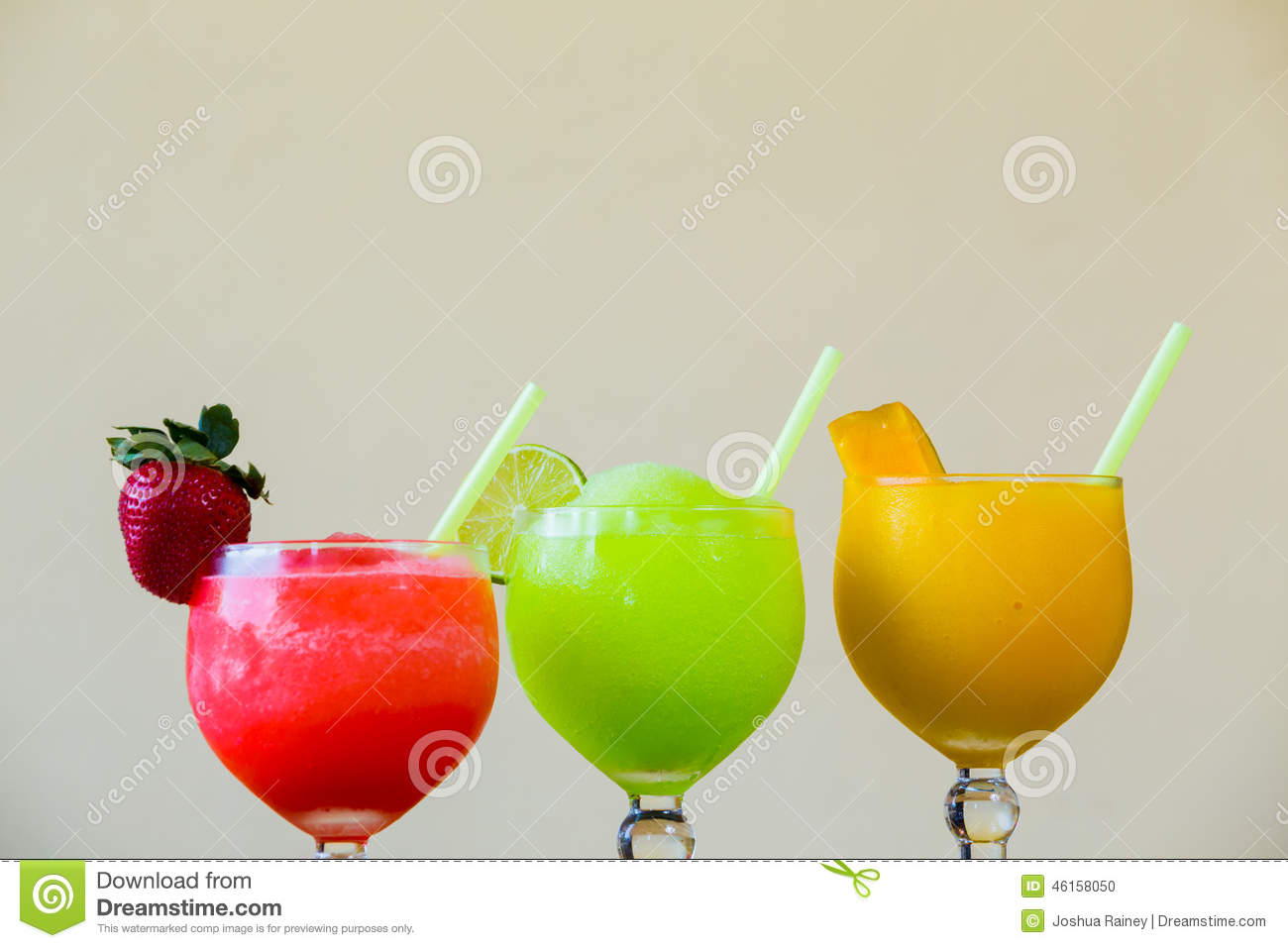 Trois couleur margarita drink specials photo stock image for Cocktail 3 couleurs