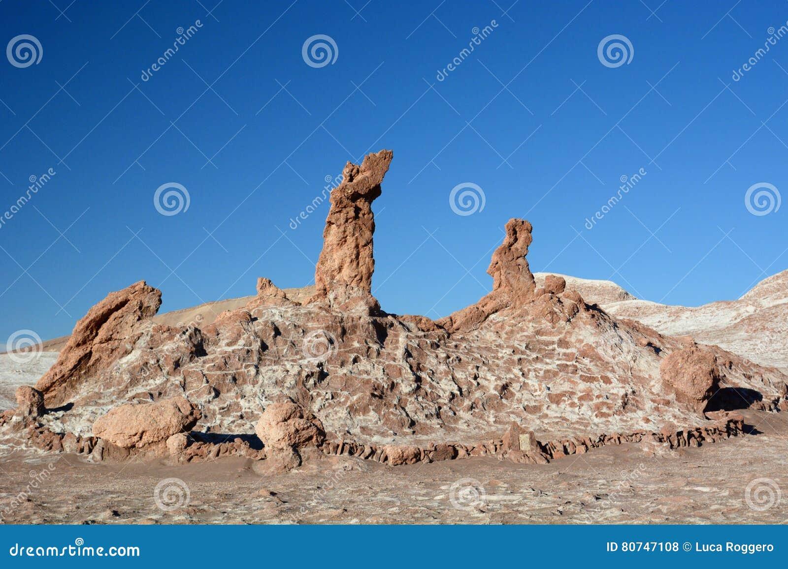 Trois formations de roche de Maries La Luna de Valle De ou vallée de lune San Pedro de Atacama chile