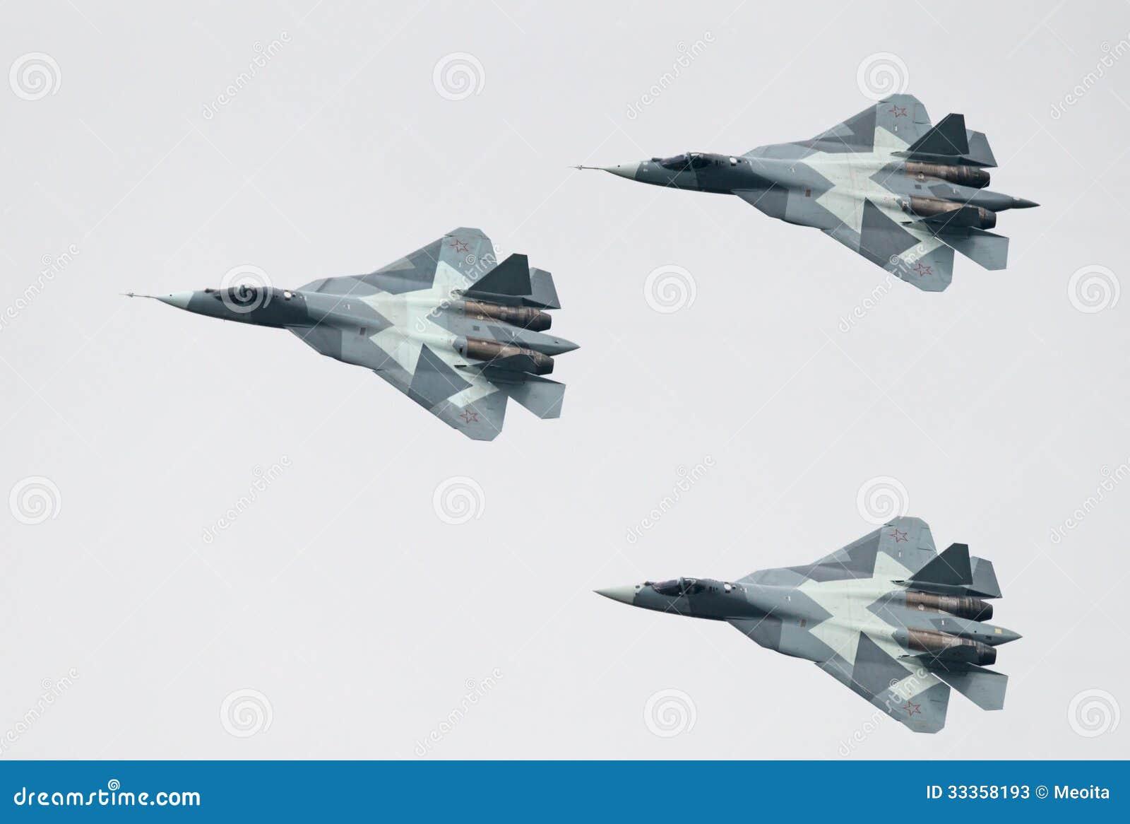 Trois jets de PAK fa T-50