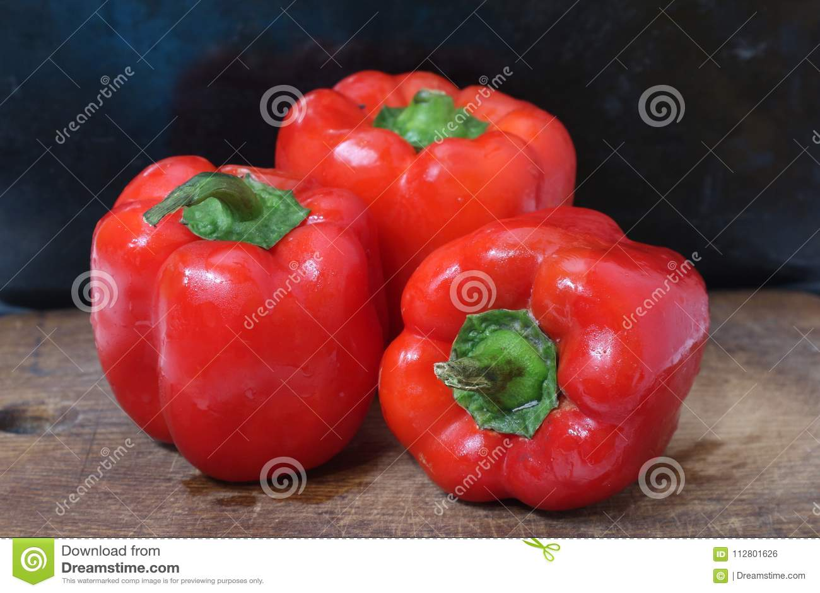 Trois paprikas mûrs