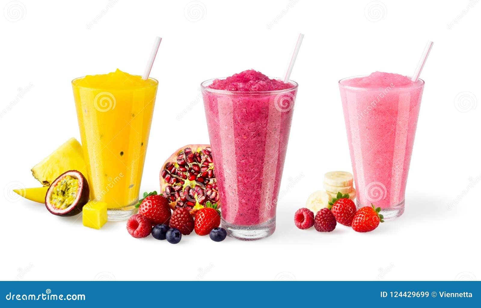 Trois saveurs des Smoothies mélangés de fruit sur le fond blanc