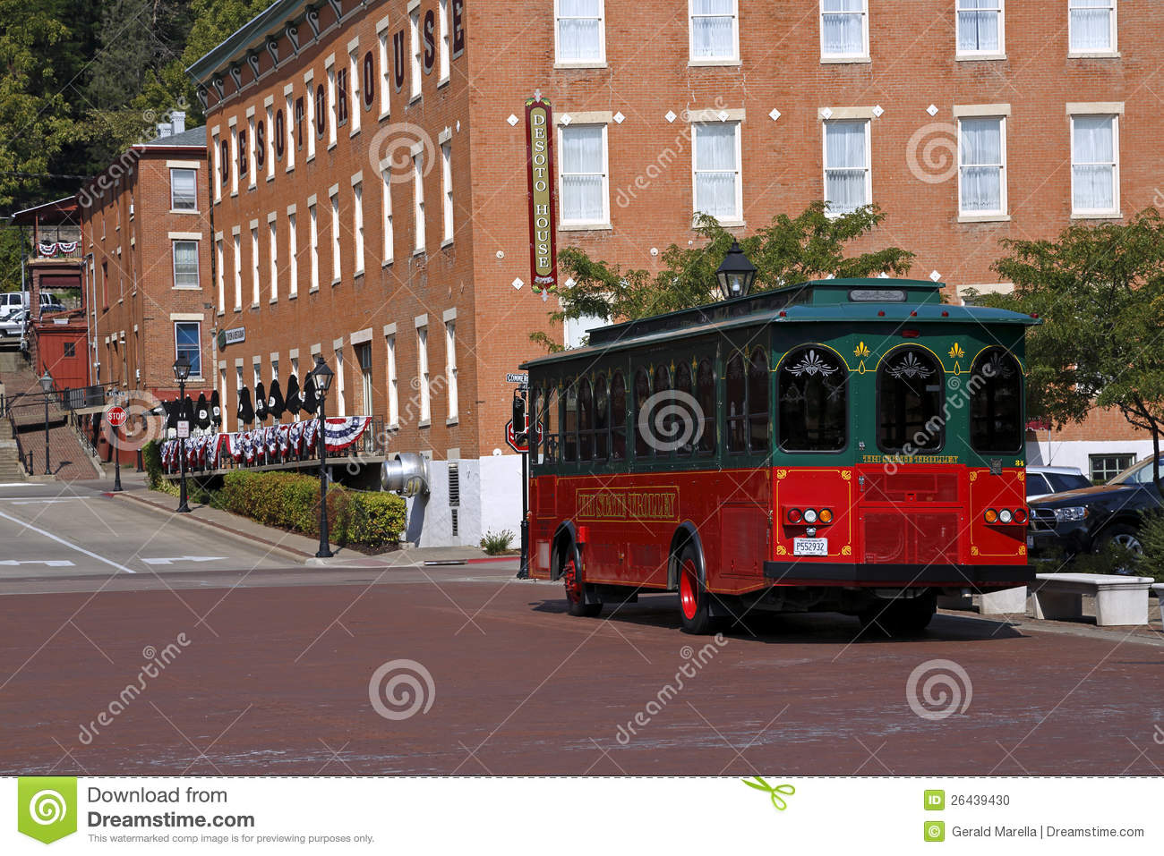 Trolley and DeSoto House Hotel in Galena, Illinois