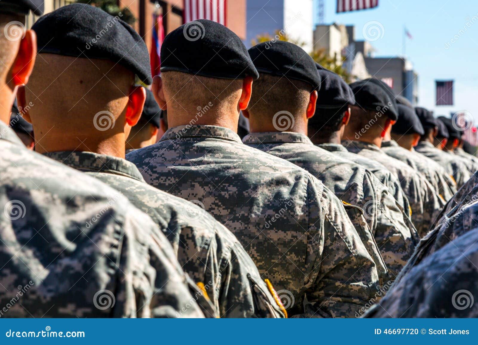 Tropas militares