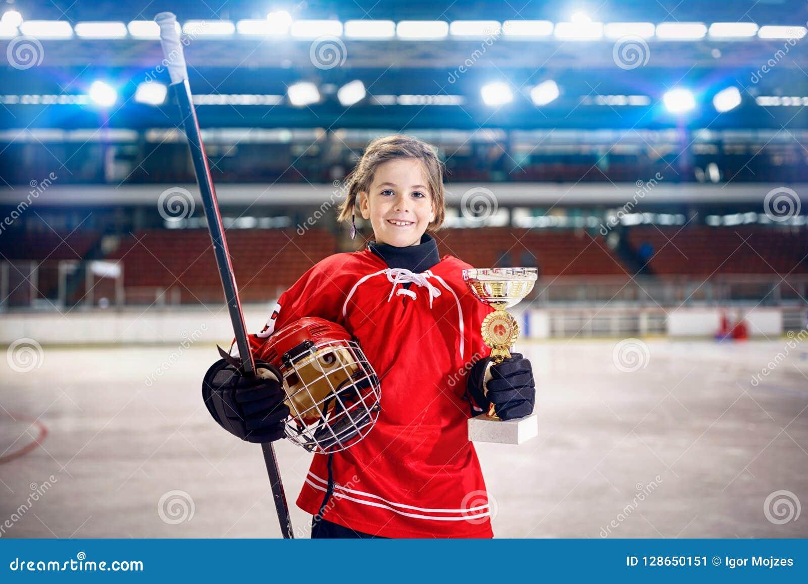Trophée heureux de gagnant de hockey sur glace de joueuse de fille