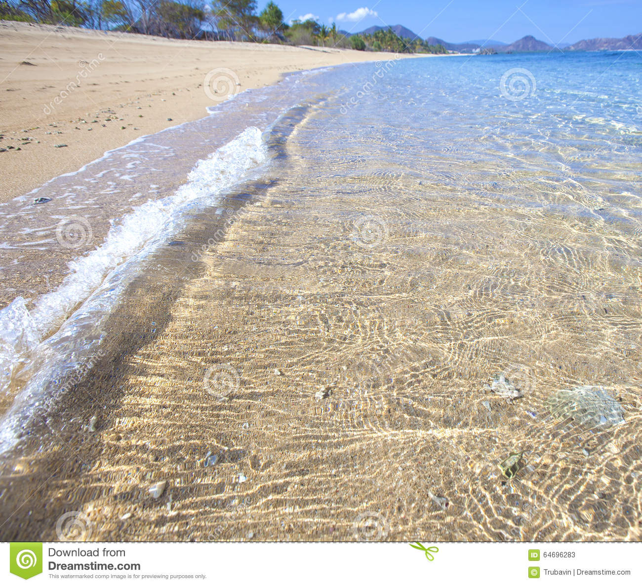 Tropical Beach And Peaceful Ocean: Tropical Beach Stock Image. Image Of Beauty, Paradise