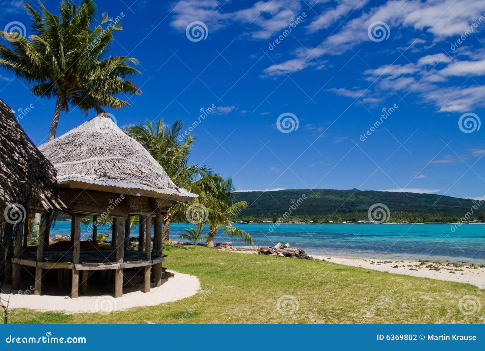 Tropical Beach Huts: Tropical Beach Hut Stock Photography